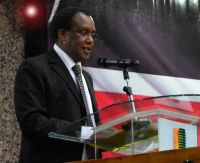 Chair-KLRC-Mbage-Nganga-Makes-Remarks-during-launch